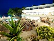 resort_fontana09